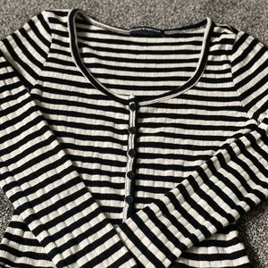 Brandy Melville Long Sleeve Button Up